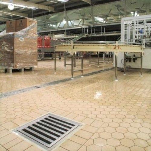 Commercial Floor Cleaning Contractors