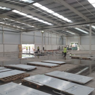 commercial building cleaning contractors
